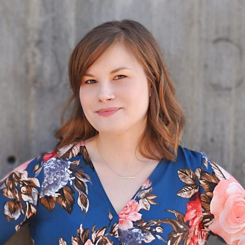 Sara O'Neill, Accounting Guru